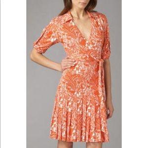 1 hrs SALE DVF Shilo Wrap Dress